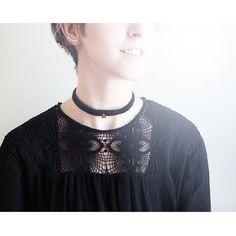 collier fin ras le cou, de type choker, tissé, choisissez votre breloque et votre couleur Choker Necklaces, Chokers, Etsy, Jewelry, Fashion, Short Necklace, Unique Jewelry, Color, Moda
