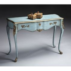 Adoring this French Provincial side table in a traditional duck egg blue with gold accents. Very lovely.
