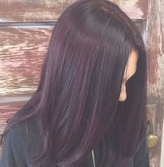 Beautiful Plum Color With Red Violet Highlights By Victoria At – hairstyles highlights Fall Hair Colors, Hair Color Purple, Plum Color, Red Violet Highlights, Hair Color Highlights, Plum Hair, Dark Hair, Thick Hair, Hair Color Guide