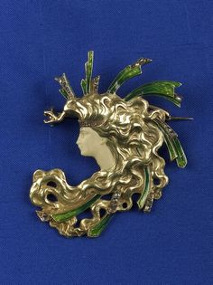 Art Nouveau 18kt Gold and Enamel Brooch | Sale Number 2130, Lot Number 199 | Skinner Auctioneers