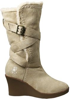 FASHION ALERT - BOOT UP FOR THIS WINTER