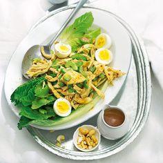 Geflügelsalat mit Zitronengras...schon ausprobiert und für sehr, sehr lecker befunden! German Salads, Chili, Ethnic Recipes, Food, Party, Green, Inspiration, Salads, Lemon Grass