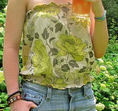 Strapless Summer Top ~ Tutorial Found | http://fabricshopperonline.com/strapless-summer-top-tutorial-found/
