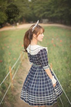 Fashion: Sailor Lolita kawaii Japanese harajuku Street Style