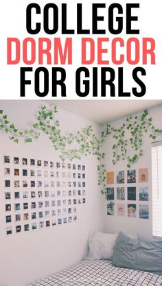 I'm moving to college this year and I LOVED these college dorm decorations. They show you the most insanely cute ideas on how to decorate your dorm. Definitely check this college dorm decor if you need some inspiration. Pink Dorm Rooms, Cute Dorm Rooms, Cozy Dorm Room, Dorm Tips, College Hacks, Dorm Room Organization, Dorm Essentials, College Dorm Decorations, Room Ideas
