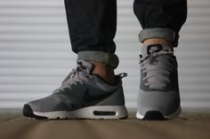Nike Air Max Tavas Stealth/Black - Sneaker District