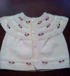 robadan örülmüş gül süslemeli örgü bebek yeleği Baby Knitting Patterns, Baby Patterns, Baby Vest, Crochet For Kids, Crochet Clothes, White Shorts, Baby Kids, Sweaters, How To Wear