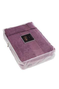 Podarunkowy zestaw ręczników DELUXE z modalowego włókna (32x50cm + 50x100cm + 75x150cm). Ręczniki o wysokiej gramaturze, w przypadku których funkcjonuje reguła, że mogą zaabsorbować do 5x więcej wody, niż same ważą na sucho! Dostępny w dziewięć kolorach.