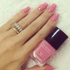 nail polish light pink nail polish shiny