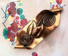 Unique vintage c.1940s copper scroll brooch by TheElegantCollector