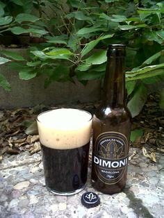 Marca: Dimoni.  Clase: Negra.  Cerveza artesanal de cebada.  Estilo: Stout.  Procedencia: Badalona (Barcelona, España).  Grados: 5,2%.  Fermentación: Alta.