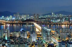 Cheongdambridge  Skyline of Seoul, South Korea.