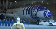 Mira el nuevo Boeing 787 de la aereolínea japonesa All Nippon Airways con los colores de R2-D2 con motivo de la presentación del Episodio VII de la saga.