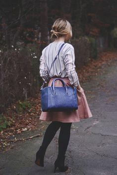 Emily Salomon wearing the amazing CAIMAN blue silver bag from Leowulff (AW14) Photo credit: emilysalomon.dk #Leowulff #tophandle #bag #blue #Caiman