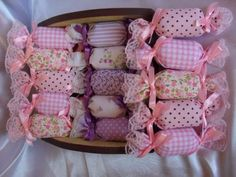 – Oneide Lua de Pano – Join in the world Diy Craft Projects, Diy And Crafts, Sewing Projects, Projects To Try, Lavender Crafts, Lavender Bags, Scented Sachets, Baby Shawer, Shower Gifts