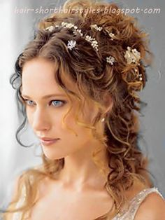Wedding hairstyles complete the look on your special day. A guide to wedding hairstyles with ideas, picture galleries of bridal hair, and stories about wedding hair styles and choices. Wedding Hairstyles For Long Hair, Pretty Hairstyles, Easy Hairstyles, Hair Wedding, Prom Hairstyles, Hairstyle Ideas, Hairstyle Wedding, Princess Hairstyles, Updo Hairstyle