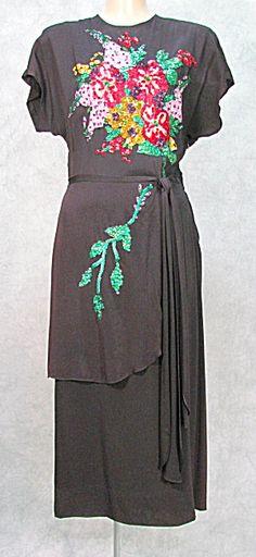 1940s VINTAGE SEQUINED WIGGLE SWING WWll FANCY DRESS