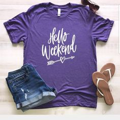 ad We're all about the weekend! Can I get a Fri-Yay?! Grab these cute weekend tee's for under $17 shipped! Summer Weekend Outfit, Cute Summer Outfits, Cute Outfits, Cute Shirt Designs, Teacher Outfits, Teacher Shirts, Teacher Style, Personalized T Shirts, Casual Elegance
