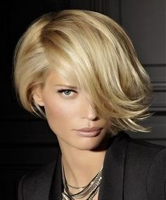 Franja em cabelo curto Short hair bangs