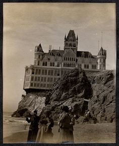 Boasting the best views inSan Francisco, thisseven storyVictorian mansionbuilt in 1896 by Adolph Sutro, survived the 1906 earthquake but was destroyed by fire1907, eleven years after being built. Four different variations of the Cliff House have now stood on the cliffs overlooking Seal Rocks, and it hasheld restaurants, dance halls, gift shops and vista points.