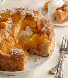 Peach Cobbler Cake | Krusteaz