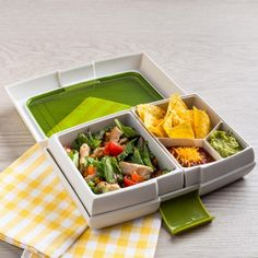 Take healthy lunch to work or school in this stylish and multifunctional Fuel Bento Lunch Box.