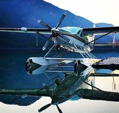 🌟Tante S!fr@ loves this📌🌟 Fear Of Flying, Flying Boat, Cessna Caravan, Bush Plane, Alaska Adventures, Float Plane, Nose Art, Aviation Art, Military Aircraft