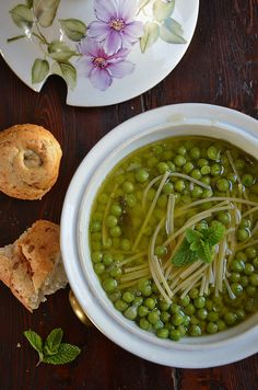 Pea Soup. Make with vegetable broth instead of chicken. And fyi, the page is in Italian haha.
