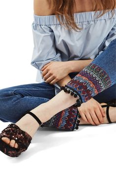 Main Image - Topshop Embroidered Pompom Jeans