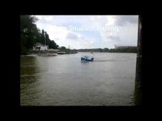 The world's smallest boat Fisherman. Warszawa wejście do Portu Czerniako...