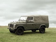 Land Rover Defender Page - Foto-gallerie Defender Camper, Land Rover Defender 110, Defender 90, Landrover Defender, Adventure Car, Best 4x4, Car In The World, Range Rover, Armed Forces