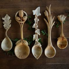 I am in awe of these wood carved spoons by Giles Newman . He resides in northern Wales and makes individually designed and hand crafted wood. Carved Spoons, Ceramic Spoons, Spoon Art, Wood Spoon, Dremel, Welsh Love Spoons, Whittling, Wood Sculpture, Wood Crafts