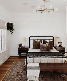 Bohemian rustic cozy master bedroom ideas to get you inspir Boho Master Bedroom. Bohemian rustic cozy master bedroom ideas to get you inspir Farmhouse Bedroom Furniture, Bedroom Furniture Design, Home Decor Bedroom, Bedroom Ideas, Bedroom Designs, Brown Bedroom Decor, Farmhouse Decor, Bedroom Inspo, Bedroom Inspiration