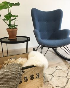 Ikea Hacks, Stables, Armchair, Interior Decorating, Room Ideas, Home And Garden, Room Decor, Future, Decoration