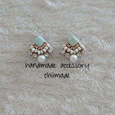 Diy Earrings Studs, Beaded Earrings, Earrings Handmade, Beaded Jewelry, Pearl Earrings, Bead Embroidery Jewelry, Fabric Jewelry, Beaded Embroidery, Thread Jewellery