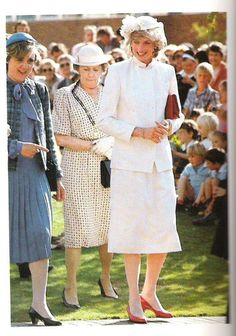 March 31, 1983:  Princess Diana on a walkabout after a luncheon at the Albert Hall, Launceston, Tasmania.