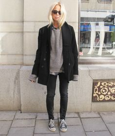 not to seem like a bum, but i would wear this comfy outfit most days :)