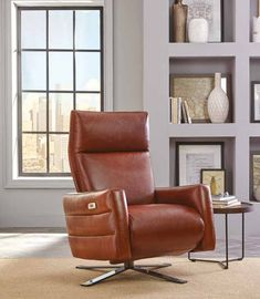 Buy Natuzzi Contemporary Leather Electric Recliner from Creative Furniture Store. Sit back and relax in this electric recliner from Natuzzi Editions. Modern Home Furniture, Large Furniture, Furniture Decor, Furniture Manufacturers, Furniture Companies, Living Room Sets, Living Spaces, Modern Recliner, Couches