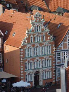 Fachwerk inmitten der Stader Innenstadt, fotografiert aus dem Turm der St. Cosmae et Damiani