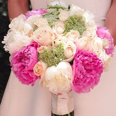 peonies and roses bouquet #wedding #bride