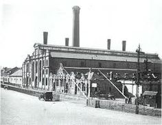 The Dock Road Power Station owned by the Cape Town City Council opened on 14 April It was decommissioned on 5 September 1961 and demolished during Old Pictures, Old Photos, Vintage Photos, Historical Pictures, Woodstock, Cape Town, Live, South Africa, Past