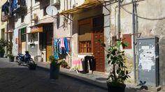 Bassi. Decumano superiore Napoli