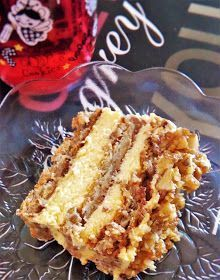 Retete a la Miki: Prajitura cu nuci caramelizate Romanian Desserts, Romanian Food, Pastry Recipes, Cake Recipes, Dessert Recipes, Greek Desserts, Homemade Cakes, Something Sweet, Appetizers For Party