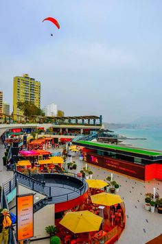 Miraflores Lima Peru Oceanfront Mall by Chris Taylor on Larcomar Machu Picchu, Circuit Voyage, Travel Around The World, Around The Worlds, Bolivia Peru, Places To Travel, Places To Go, Chile, Equador