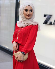 Abaya Fashion, Muslim Fashion, Modest Fashion, Stylish Hijab, Hijab Chic, Hijab Dress, Hijab Outfit, Cute Modest Outfits, Outfit Look