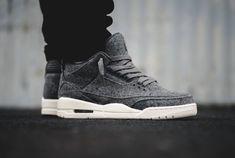Découvrez la Air Jordan 3 Retro 'Wool', la dernière AJ3 de 2016 : une basket (homme & femme) en laine grise.