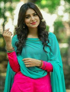 Women S Fashion Top Button Done Up Refferal: 3241980991 Beautiful Girl Indian, Beautiful Girl Image, Beautiful Gorgeous, Punjabi Girls, Punjabi Suits, Patiala Suit, Salwar Suits, Salwar Dress, Shalwar Kameez
