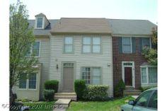 14097 Betsy Ross Lane, Centreville, Virginia. 3 bedrooms, 2 baths, 1 partial baths, 1224 sq. ft., .033058 lot size.  Spencer Marker & co.  www.seln4u.com