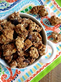 Two of a Kind | Graham Cracker Chocolate Chip Cookie Granola | http://www.twoofakindcooks.com
