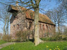 Kerk te Ranum, Fr., romaanse bouwstijl, middeleeuws